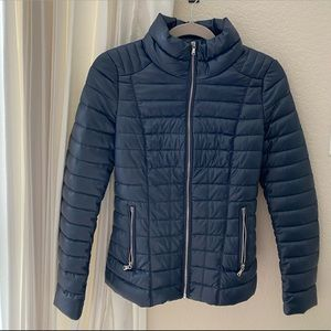 Fitted puffer jacket (like new!)
